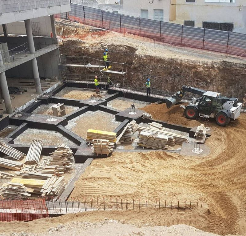 Remodelar Plaza en Arico